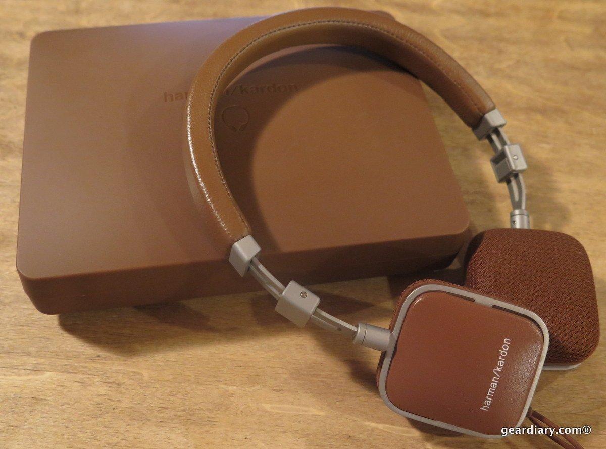 ef5af1f8e90 GearDiary Harman Kardon Soho On-Ear Mini Headphones - Refined and Portable  Performers