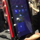 Hands-On With the HP Pavilion x360 Laptop- MWC 2014
