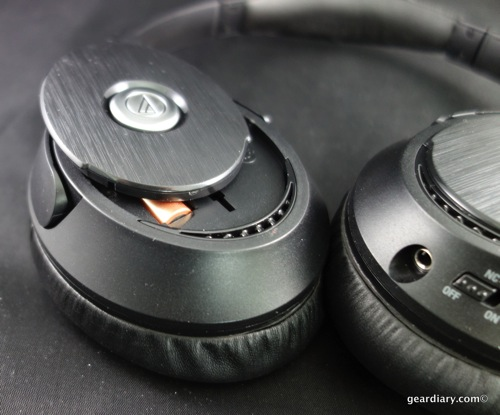 SHHHH… ATH-ANC70 QuietPoint Active Noise-Cancelling Headphones c52b08a722839