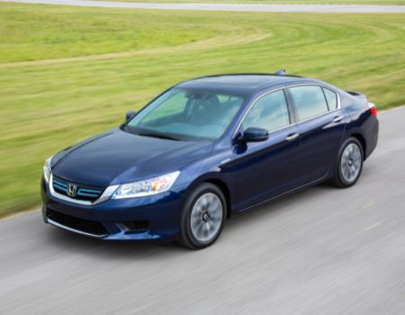 2014 Honda Accord Hybrid Is a Big Green Hit