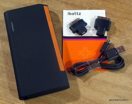 GearDiary iBatzz Battstation Optimus 20400 Extended Battery: Enough Power to Share