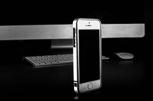 GearDiary Designed by M's AL13 v2 Aerospace Aluminum iPhone Bumper is now Live on Kickstarter