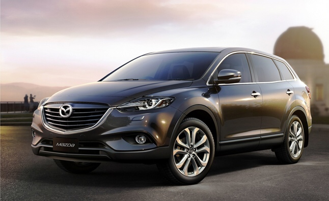 GearDiary Own a Mazda CX-9 or Honda Pilot? IIHS Has a Horror Movie For You