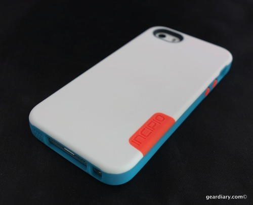 watch 36333 935fb Incipio Phenom Case for iPhone 5S Is Far More Protective Than it Appears