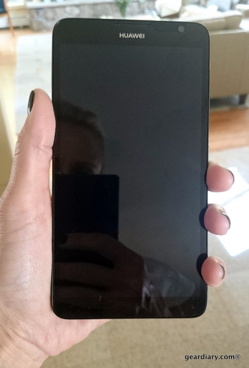 geardiary huawei ascend mate 2 in hand.54