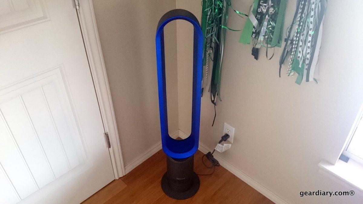 """GearDiary Dyson Cool AM07 Tower Fan: Is a $399 Fan Ever """"Worth It""""?"""