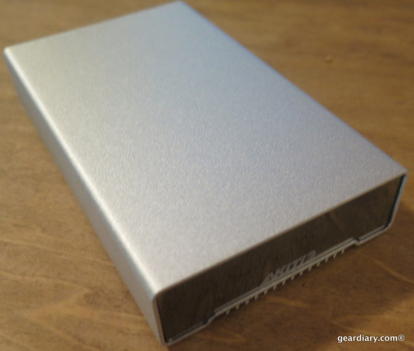 Gear Diary Reviews the AKiTiO NEUTRINO Thunderbolt Edition 512GB SSD Portable Drive-005