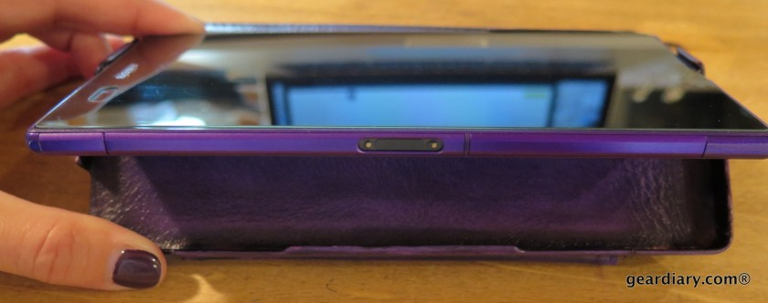 Gear Diary Reviews the Noreve Sony Xperia Z Ultra Tradition D Leather Case-005