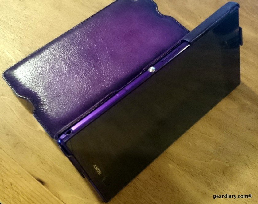 Gear Diary reviews the Noreve Sony Xperia Z Ultra Leather Case in Violet Patine.57
