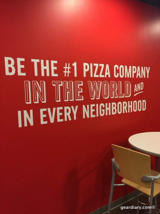 Domino's Pizza Blogger Day: A Peek Behind the Sauce