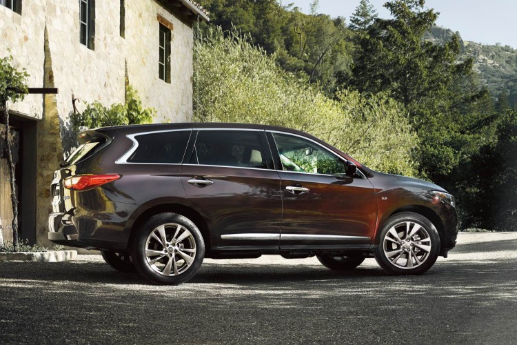 GearDiary 2015 Infiniti QX60 Delivers Luxury to the Middle Class