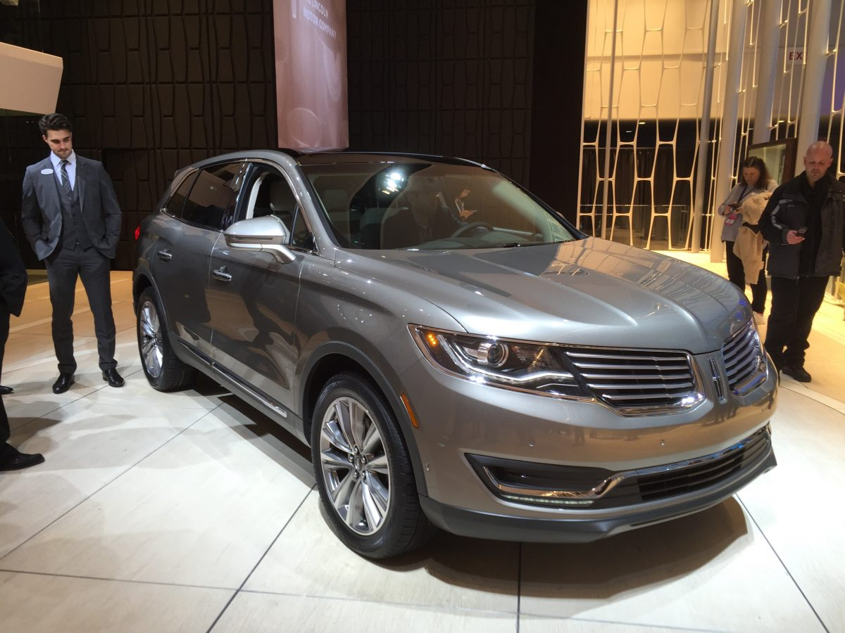 GearDiary Lincoln Debuts All-New MKX in Detroit