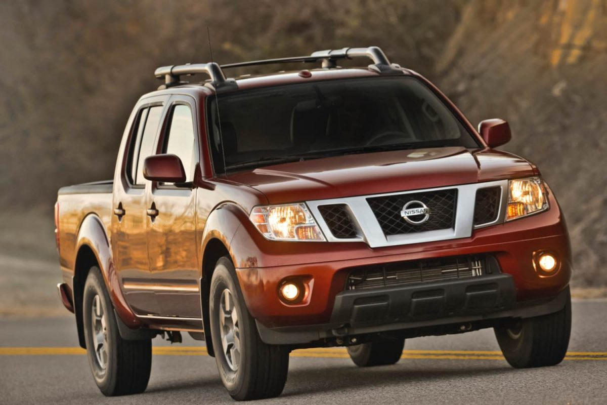GearDiary 2015 Nissan Frontier PRO-4X Pickup is Comfortable, Yet Oh So Capable