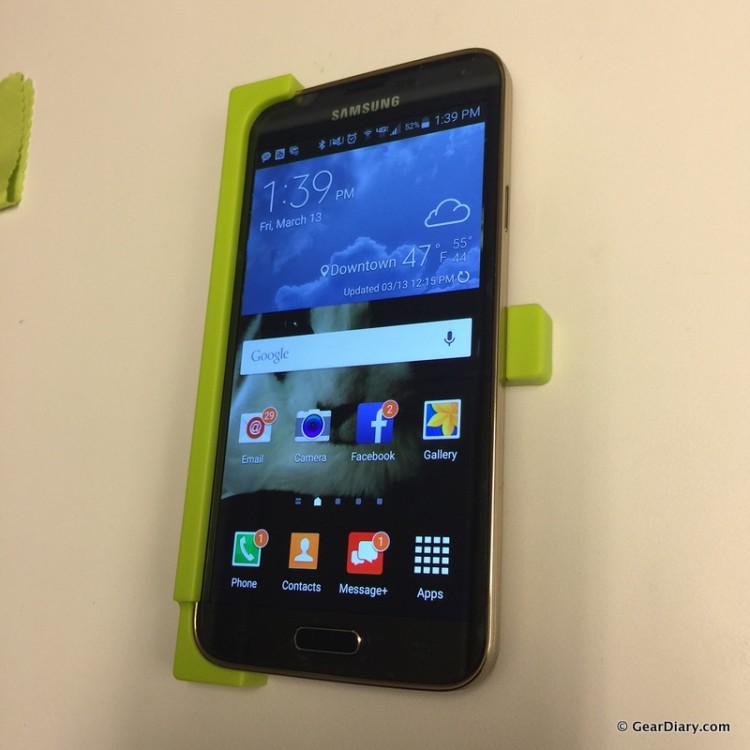 GearDiary Apply Straight Protection to Your Galaxy S5 Screen with the TYLT ALIN