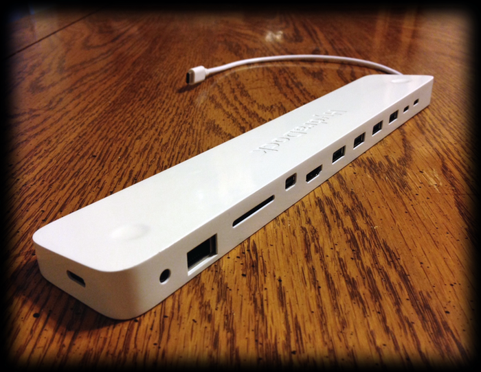 HydraDock Rids You Of The Single Port Issue On Your New MacBook