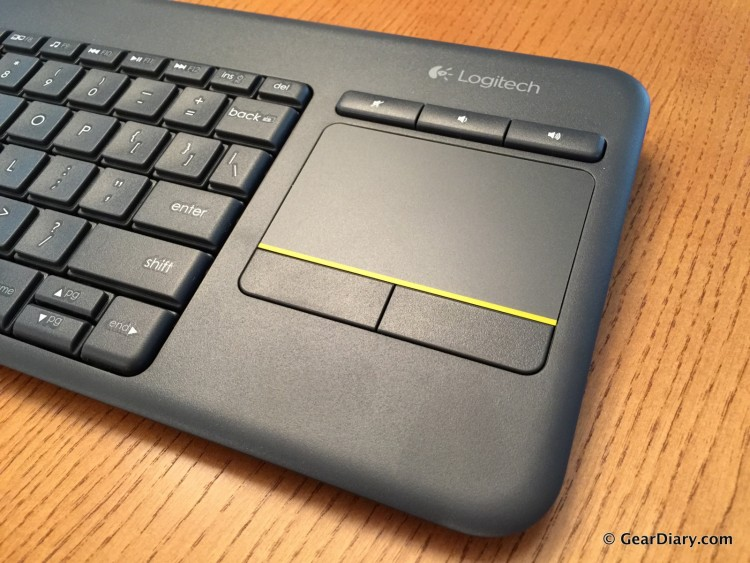 3-Logitech k400 Plus Gear Diary-002