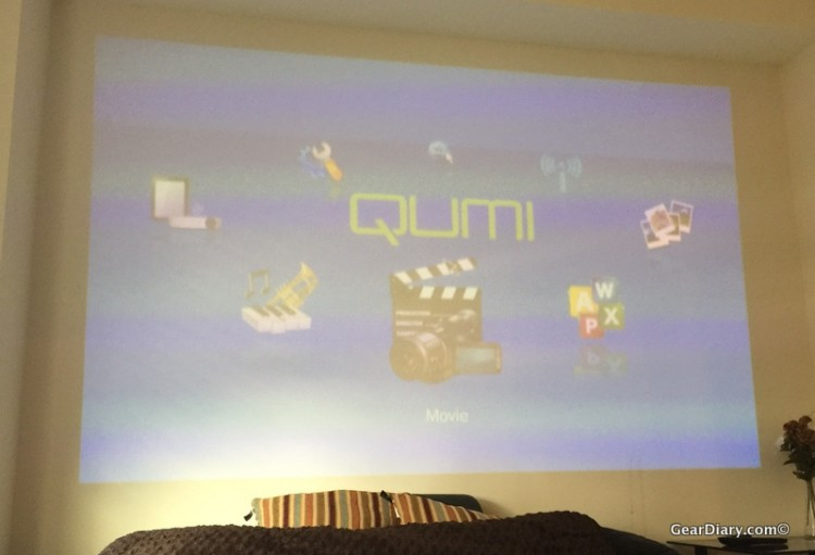 GearDiary Vivitek Qumi Q5 Projector Is Perfect for Your Home or On the Go