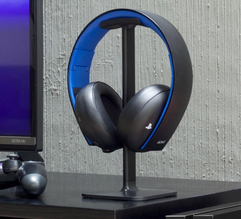 GearDiary Bluelounge Posto Headphones Stand Babies Your Headphones