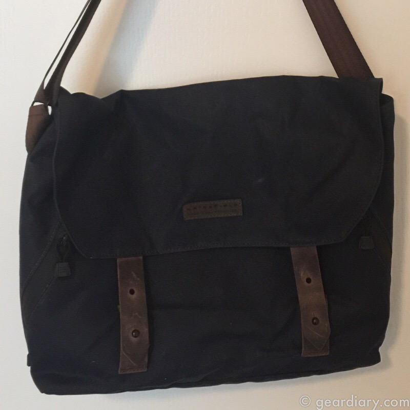 GearDiary Waterfield Design Vitesse Waxed Canvas Messenger Bag Review