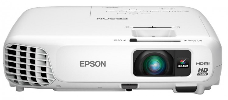 Epson's PowerLite 730HD Projector Gives My Living Room That Movie Theatre Experience!