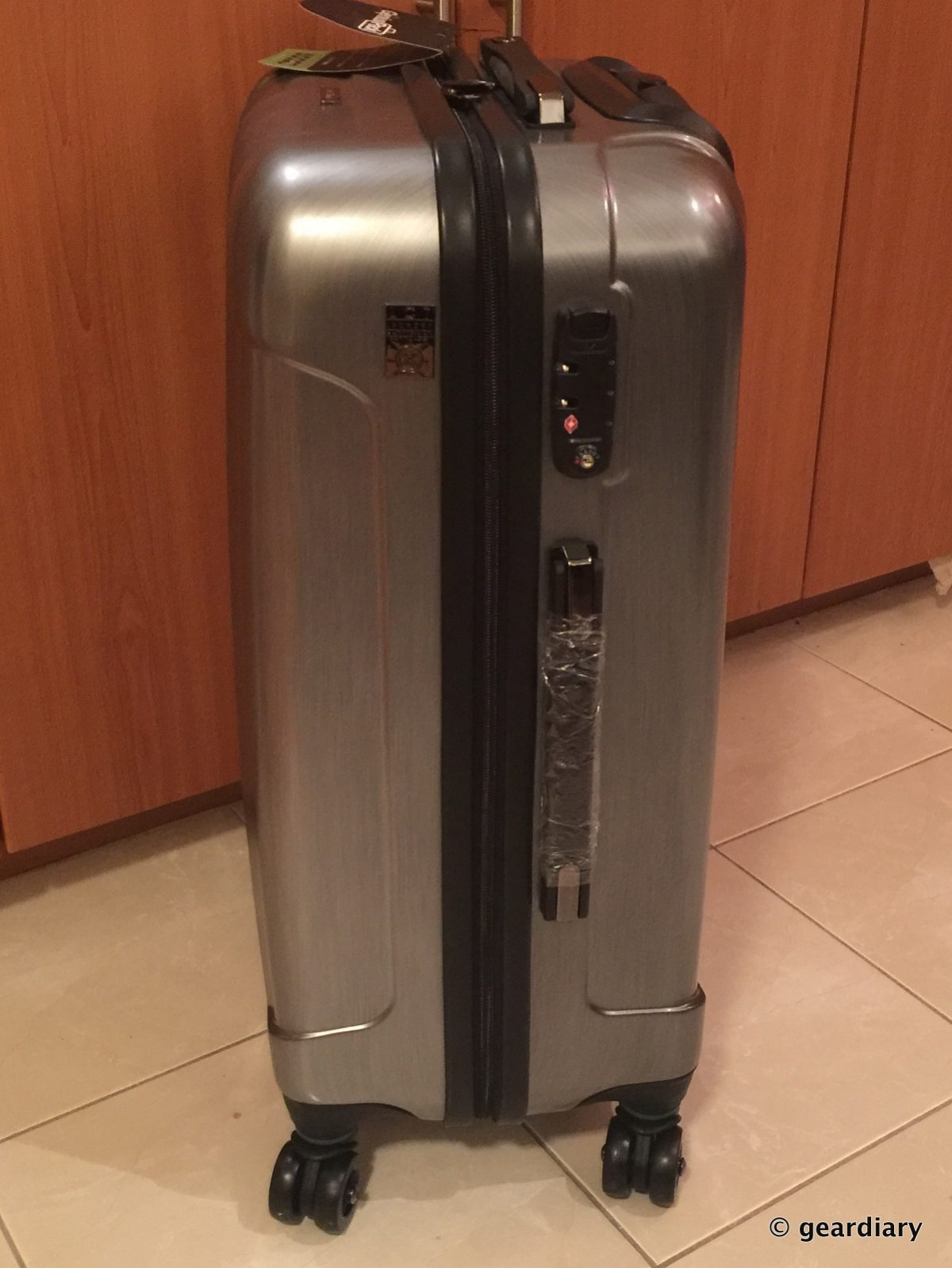 GearDiary You Don't Have To Spend A Fortune For Great Luggage Thanks To GeniusPack!