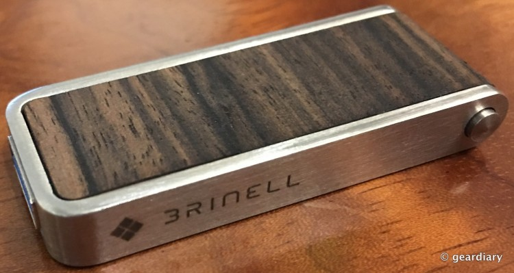 06-Gear Diary Reviews the Brinell Stick Single Action Wood USB 3.0 Flash Drive-005