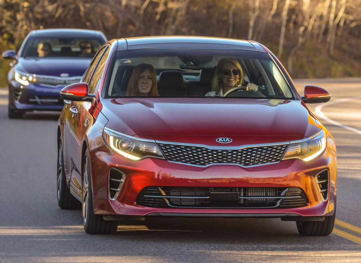 The 2016 Kia Optima First Drive: Fun to Drive, Handles Hairpins Like a Champ!