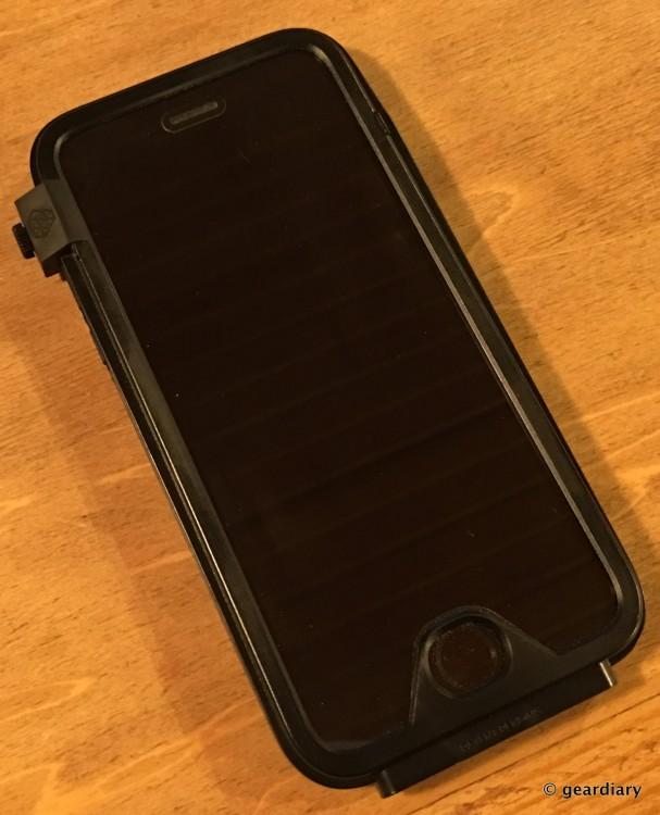 13-Gear Diary Reviews the LUNATICK TAKTIK 350 iPhone 6 Case-012