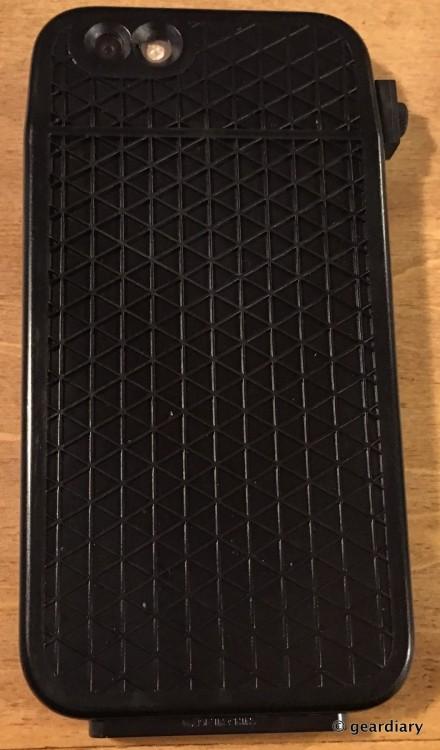 14-Gear Diary Reviews the LUNATICK TAKTIK 350 iPhone 6 Case-013