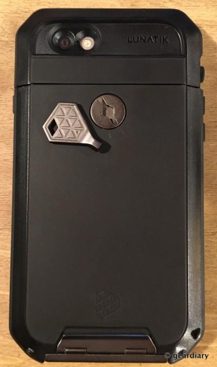 18-Gear Diary Reviews the LUNATICK TAKTIK 350 iPhone 6 Case-017