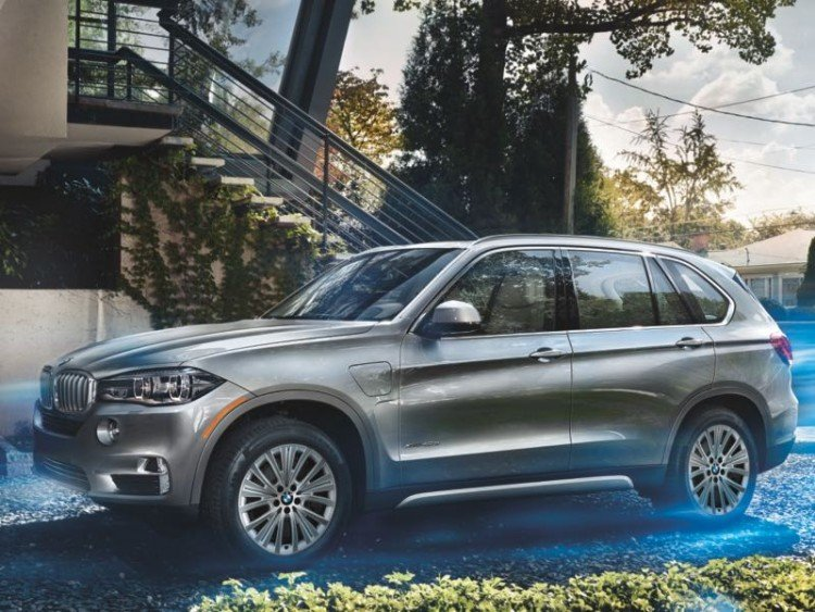 2016 BMW X5 xDrive40e: Better, Brighter, Greener