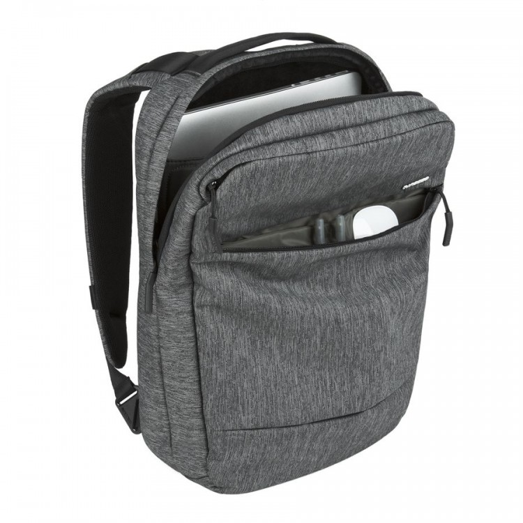 GearDiary Carry Your Gear the Right Way with Incase's City Compact Bag