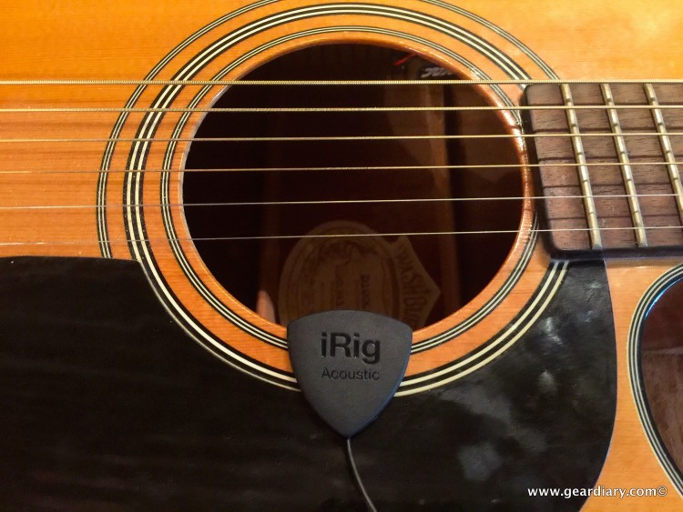 iRig Acoustic Makes Mobile Guitar Recording Possible