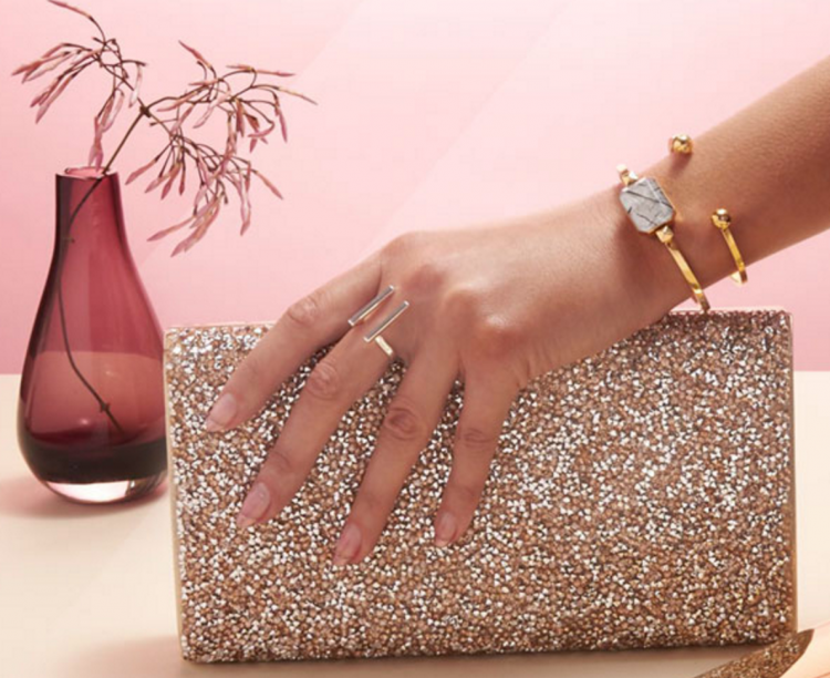 GearDiary Ten Pieces of Tech That Every Fashionable Woman Should Know About