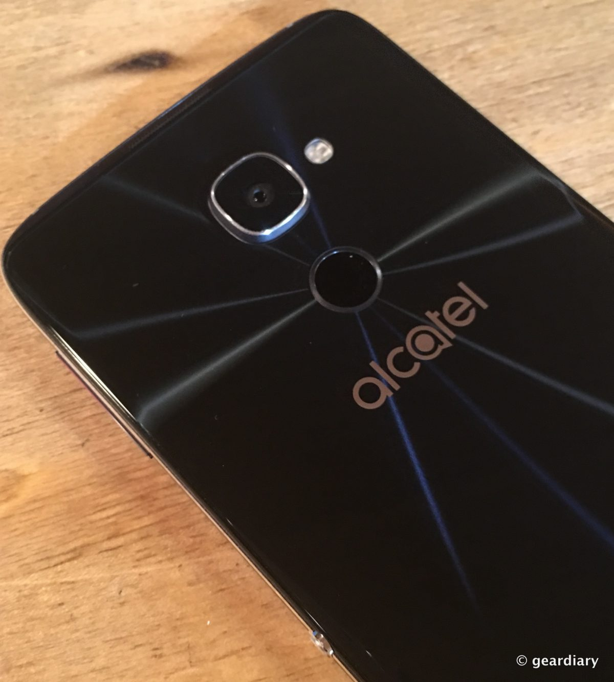 GearDiary Alcatel Hits It Out of the Budget Park with Their IDOL 4S and VR Combo