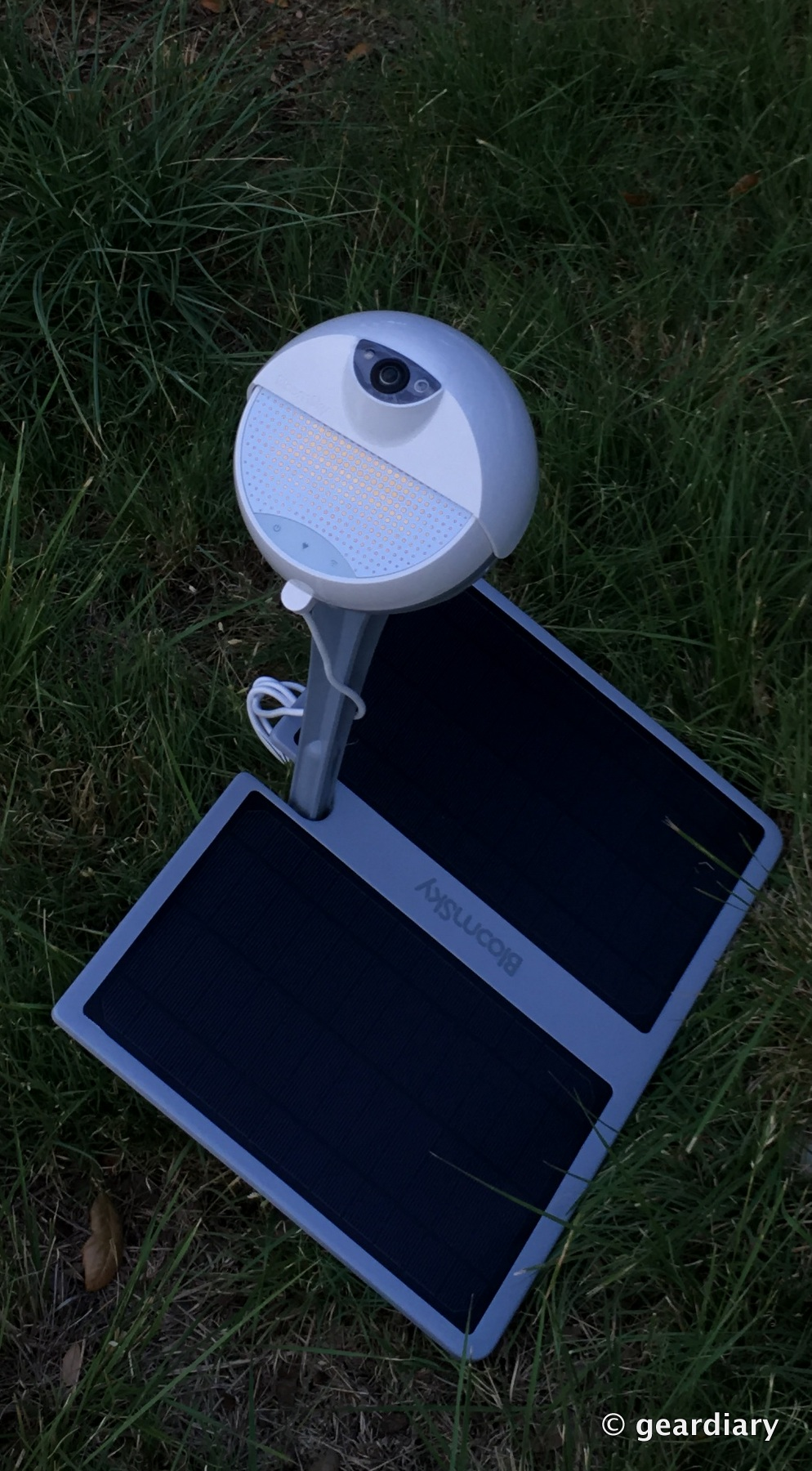 GearDiary BloomSky SKY1 Solar Powered Weather Camera Kit + Solar Panel Review