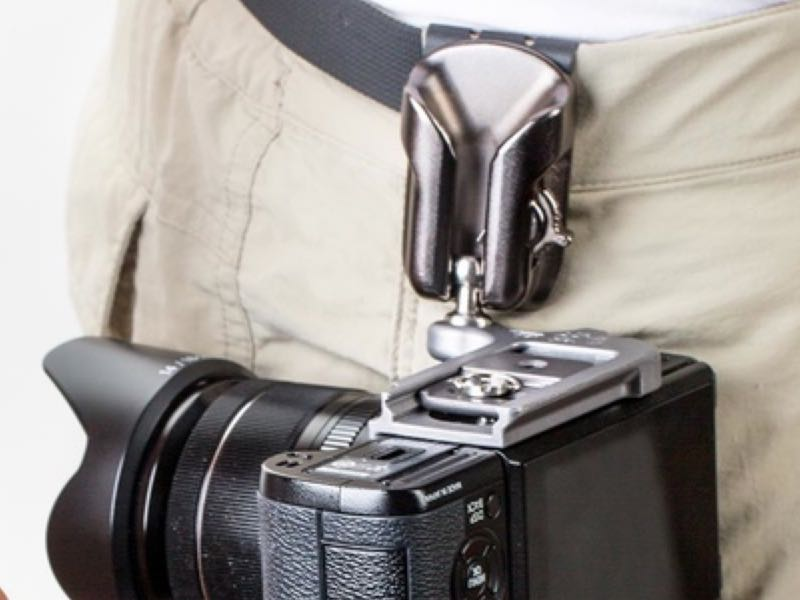 GearDiary SpiderLight Holster Lets You Carry and Shoot Lighter from the Hip