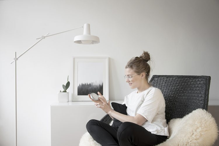 The Senic Nuimo Wireless Controller Deserves a Spot on Your End Table