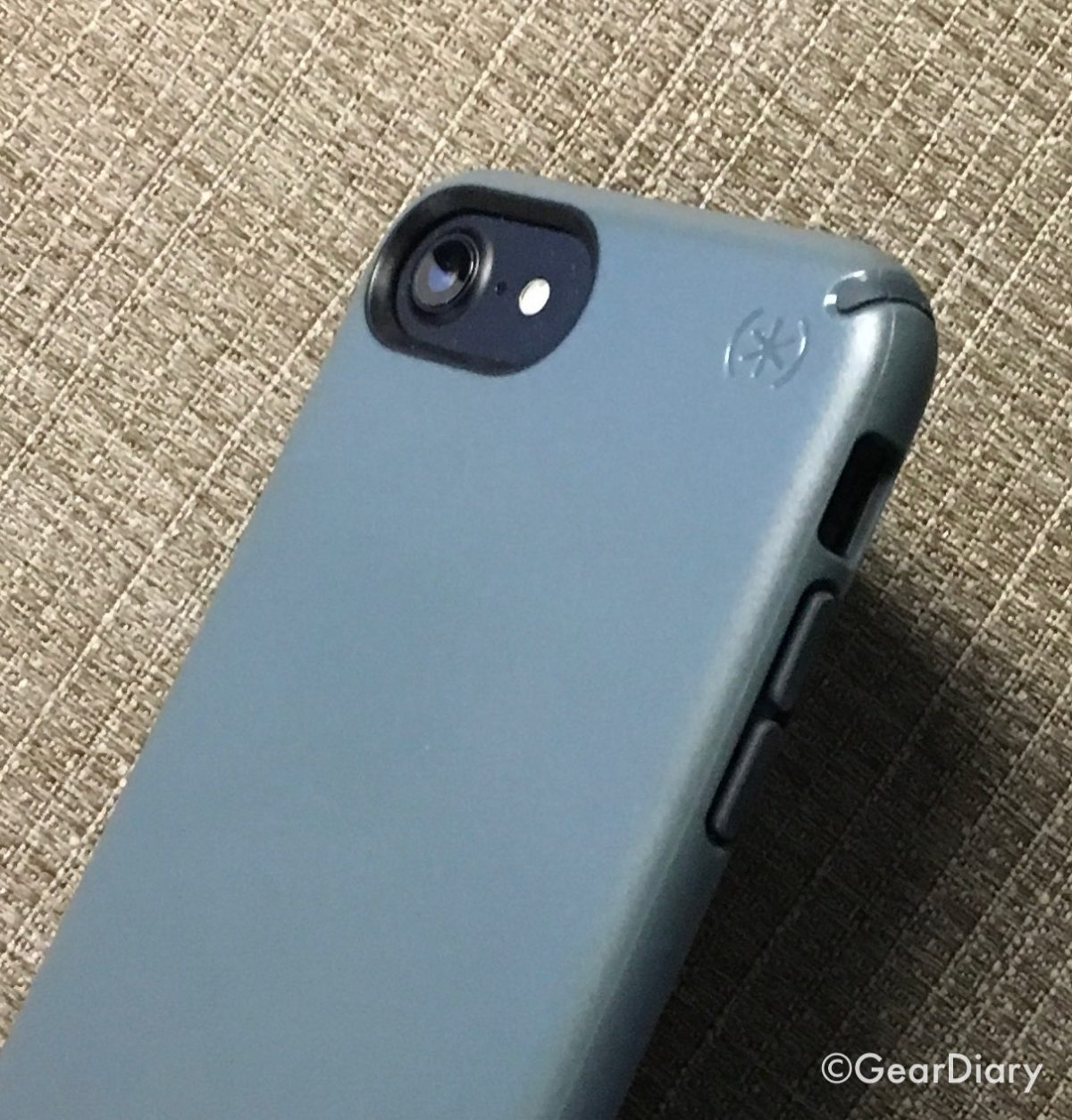 official photos 0d637 01519 Speck Presidio for iPhone 7 Has Me Back Digging Speck's Cases