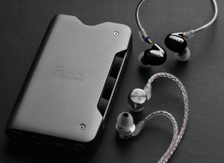 Headphones CES Audio Visual Gear   Headphones CES Audio Visual Gear