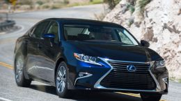 GearDiary 2017 Lexus ES 300h Offers Luxury Ride with Hybrid Drive