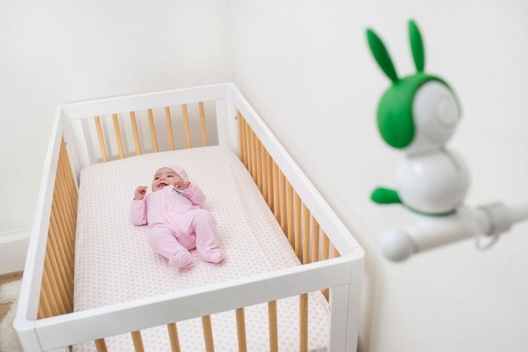 Netgear's Arlo Baby Camera Gets You a View of Your Baby Even from the Crib