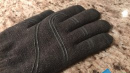 GearDiary Stop Taking Off Your Gloves to Type This Winter with Moshi's Digits