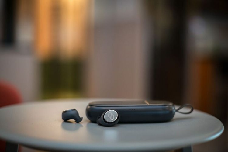 MyManu Announces the First In-Ear Translating Earphones at MWC 2017