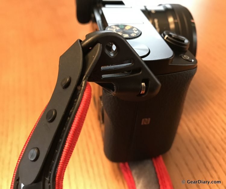 GearDiary Got a Mirrorless Camera? Get Yourself a SpiderLight Hand Strap.