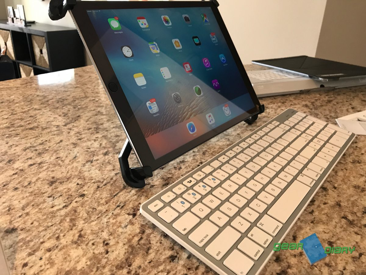 GearDiary Introducing the Caddie Buddy iPad Tripod Mount for iPad Pro