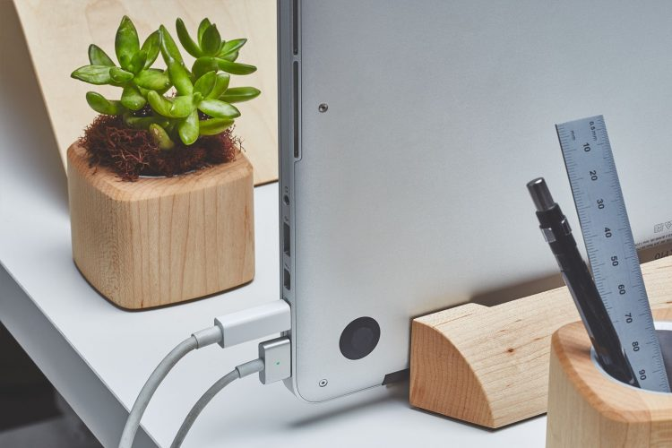 Grovemade's Dock for Your New MacBook Pro Will Stand Out on Your Desktop