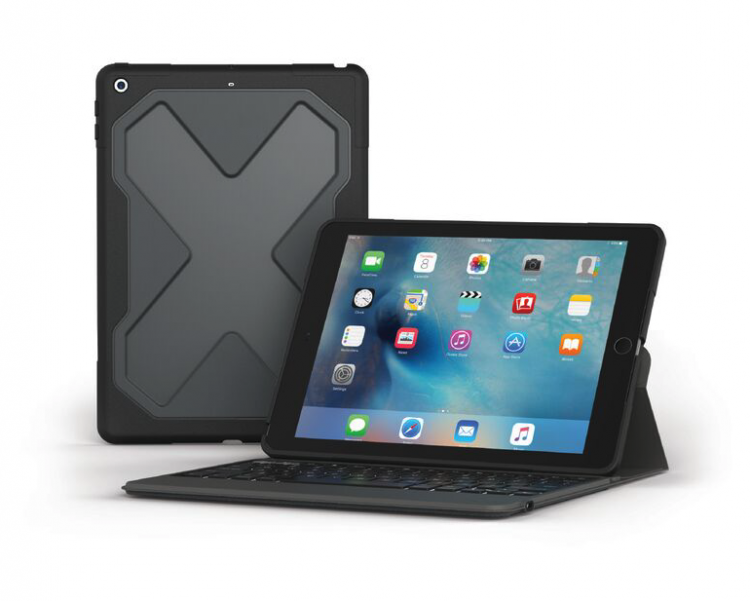 "GearDiary The ZAGG Rugged Messenger for the 2017 9.7"" iPad  Is Serious About iPad-Computing"