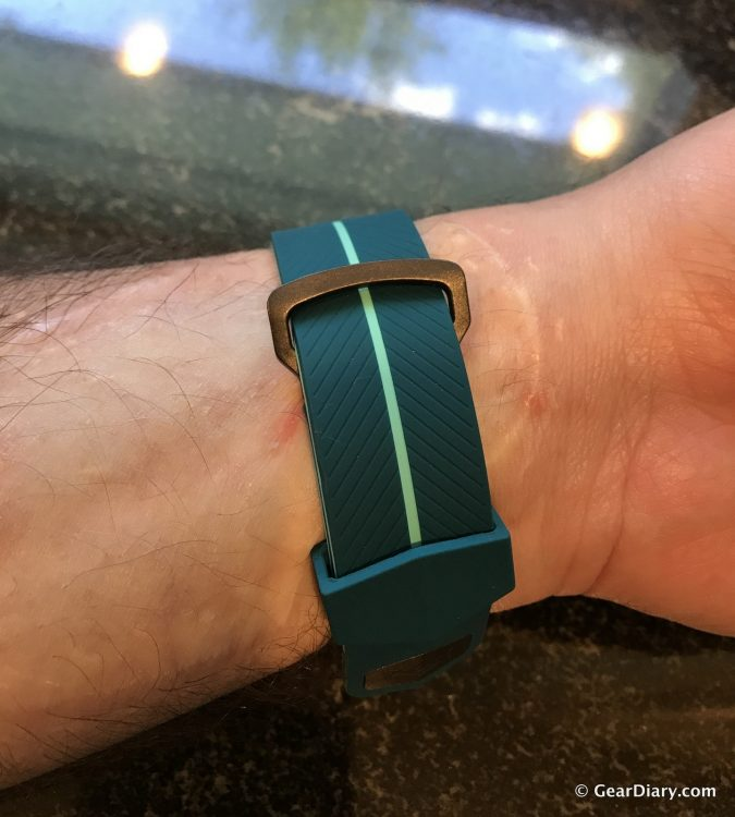 GearDiary The X-Doria Action Band Is a Terrific Third-Party Apple Watch Band