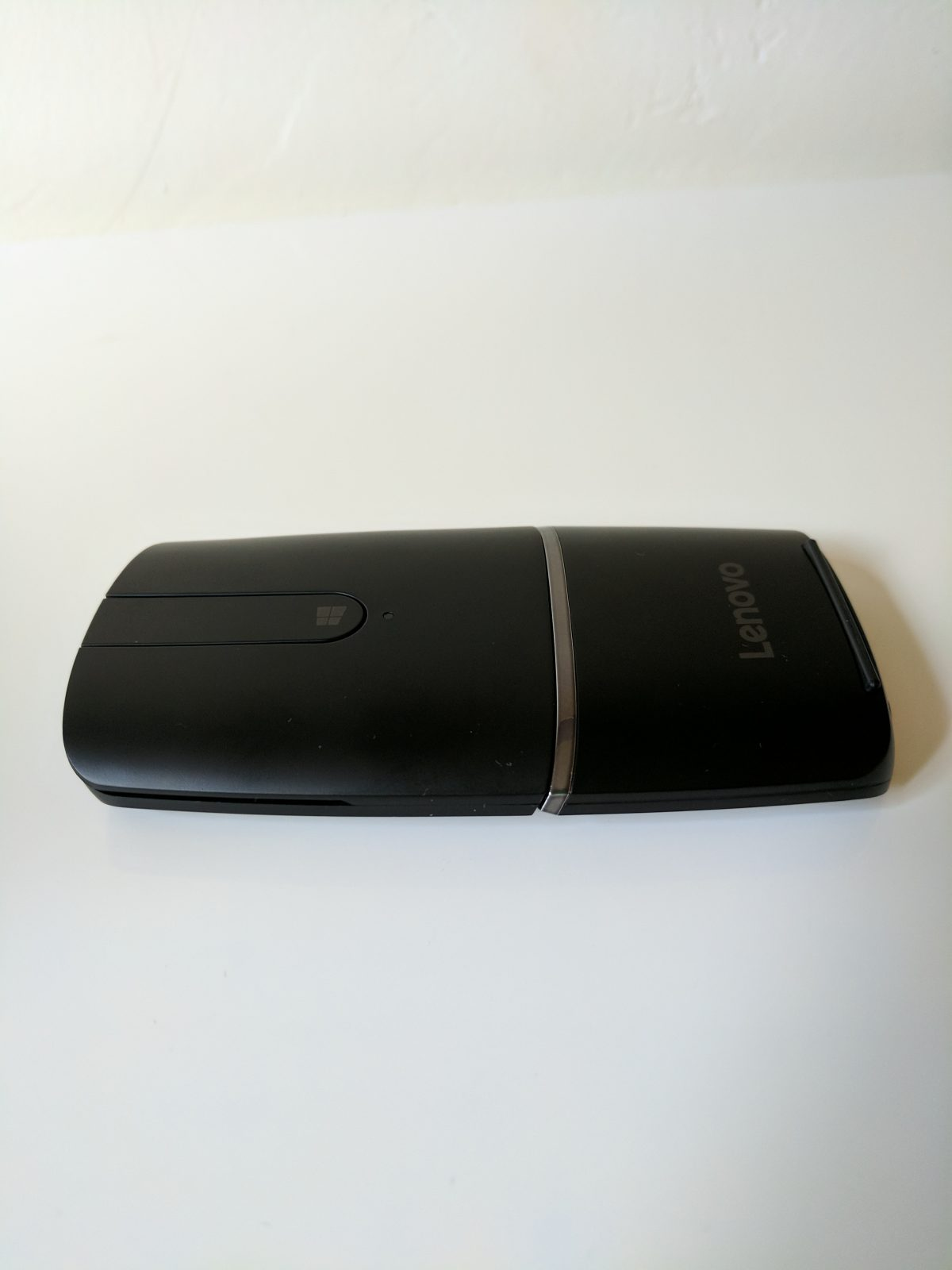 Lenovo Yoga Mouse – The Only Mouse You Need